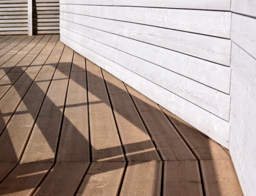 10 Dos and Don'ts for Cleaning & Maintaining Your Deck